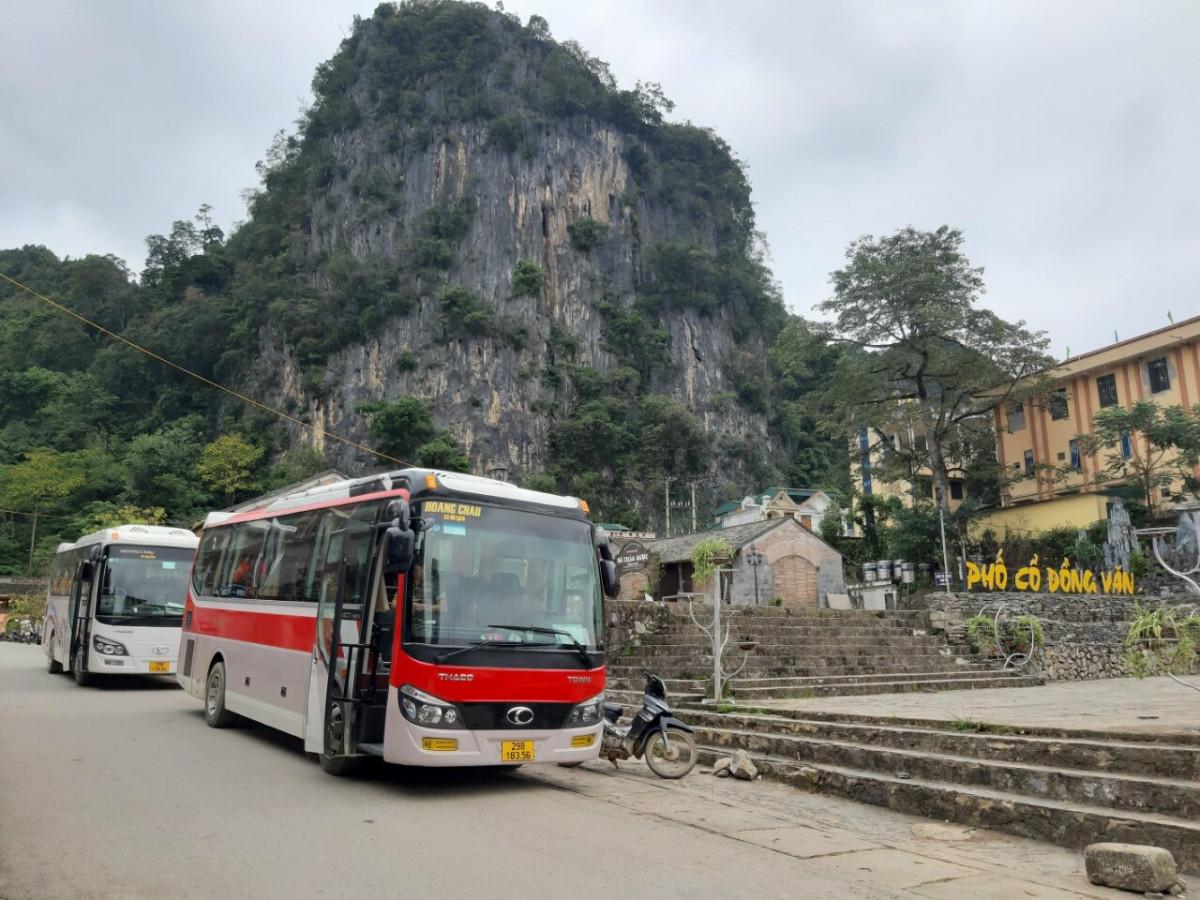 Báo giá cho thuê xe Ô tô 29 chỗ tại Hà Nội